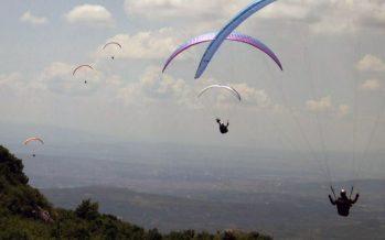 Paraglajderi sa cele planete ponovo lete niškim nebom