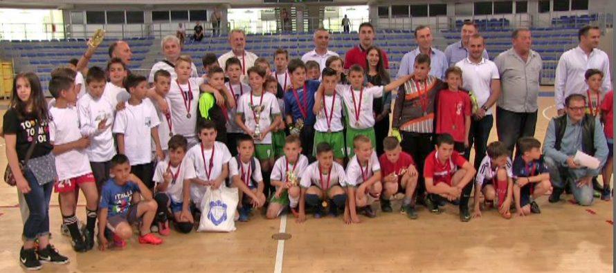 """""""Majski turnir"""" pokazao da Niš ima budućnost u malom fudbalu (VIDEO)"""