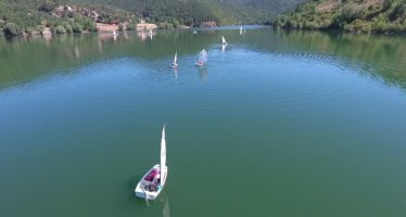 Jedriličarska regata na Bovanskom jezeru (VIDEO)