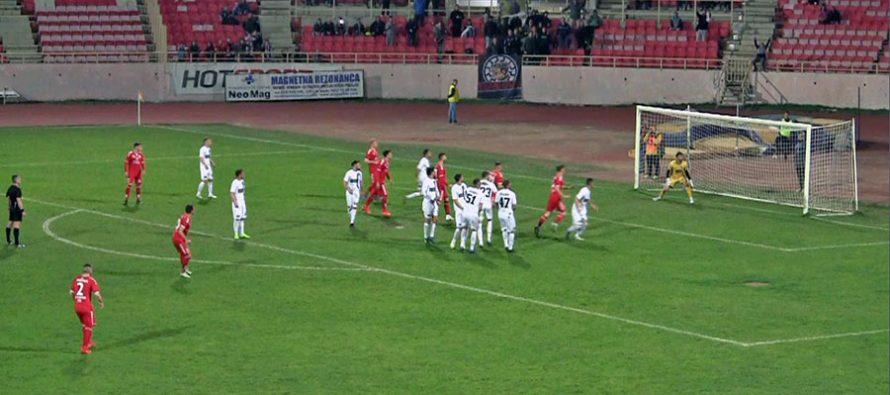 """Radnički siguran protiv """"građevinara"""" (VIDEO)"""