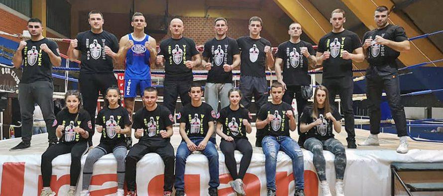 """Boks klub """"Vitez"""" uspešan na startu sezone"""