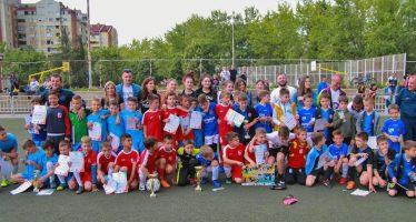 Revija osmeha: fudbalski turnir za mlađe kategorije