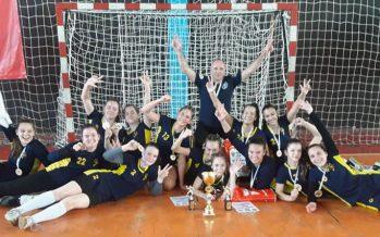 Naisa osvojila kadetski turnir u Leskovcu