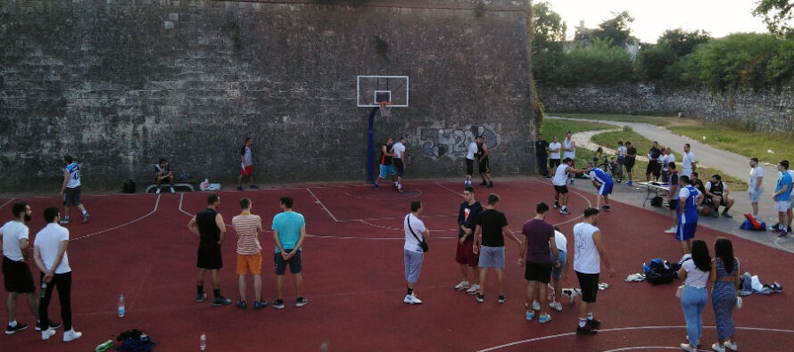 Amater lige u futsalu i basketu na terenima u Rovčetu