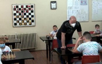 "Šahovski klub ""Osnovac"" jedini superligaš sa Panteleja (VIDEO)"