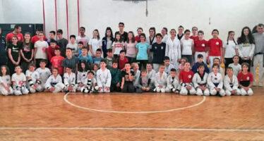Više od stotinu tekvondista treniralo u Blacu