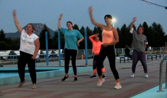 Aktivno sportsko leto na babušničkom bazenu (VIDEO)