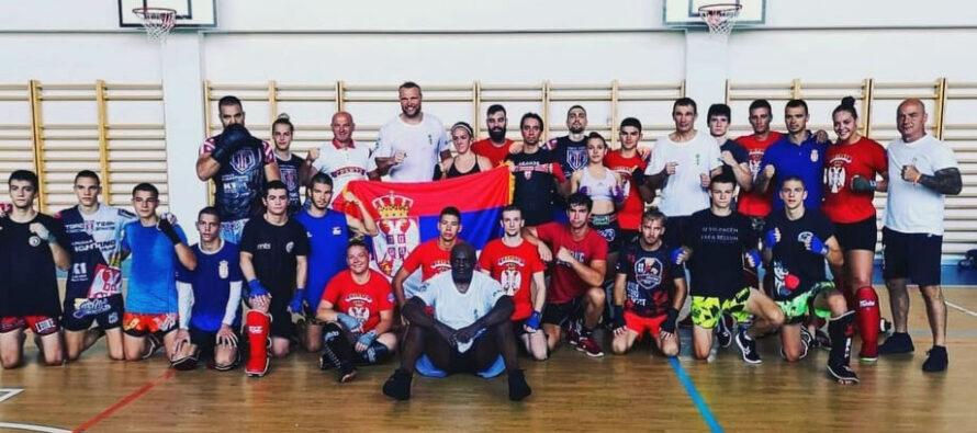 Kikbokseri na pripremama u Bugarskoj radili sa legendama ovog sporta