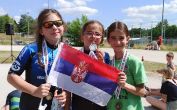 Tri medalje za niške rolerašice na Istočno-evropskom Kupu u Mađarskoj